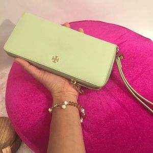 Auth Tory Burch York Zip Continental Wallet